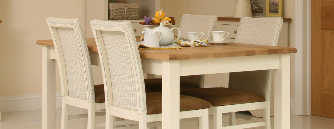 Andrena dining table 1140 x 440